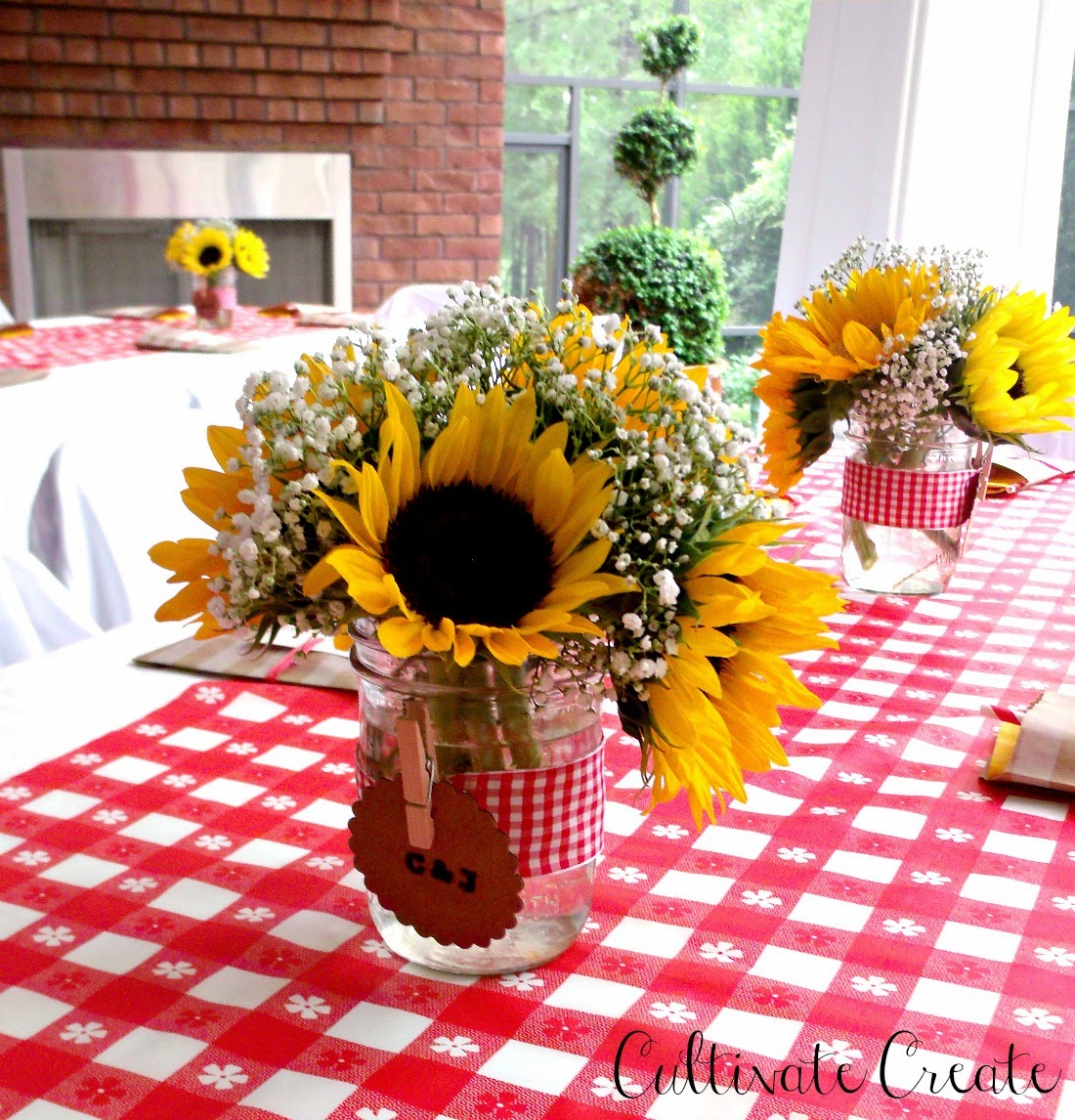 Cultivate create i do bbq couples shower for Baby shower bbq decoration ideas