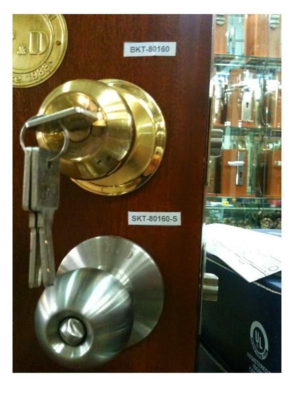 thay thế lắp đặt khóa cửa gỗ tại hà nội