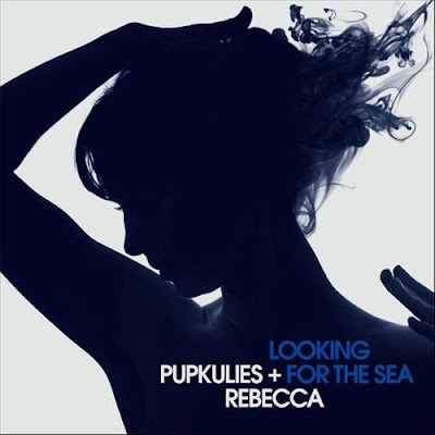Pupskulies & Rebecca - looking for the sea