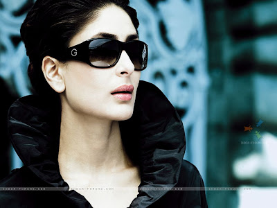 Kareena+Kapoor+Looking+Very+Stylish+with+Black+Goggles
