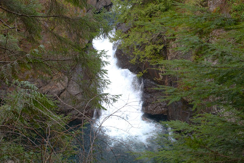 Twin Falls Hike in Washington State