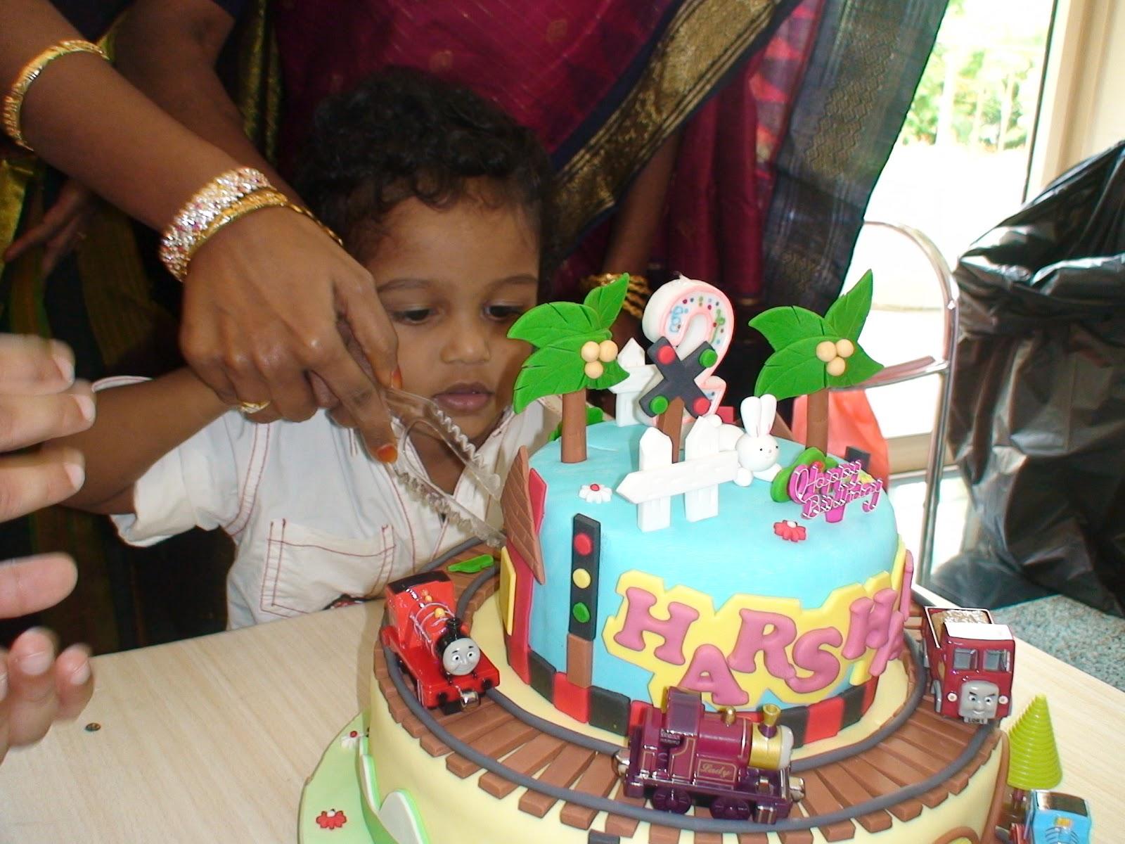 Cake Images Kartik : Cakes2Share Singapore: THOMAS AND TRAIN 2 TIER CAKE ...