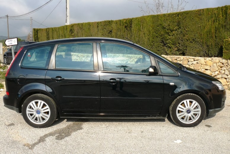 lhd autos sold sold sold lhd left hand drive in spain 2006 ford focus c max ghia diesel manual. Black Bedroom Furniture Sets. Home Design Ideas