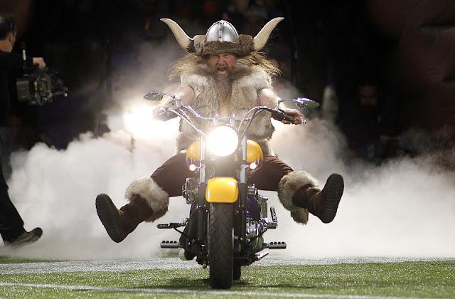 Los Vikings enfurecen a su afición tras despedir a su mascota