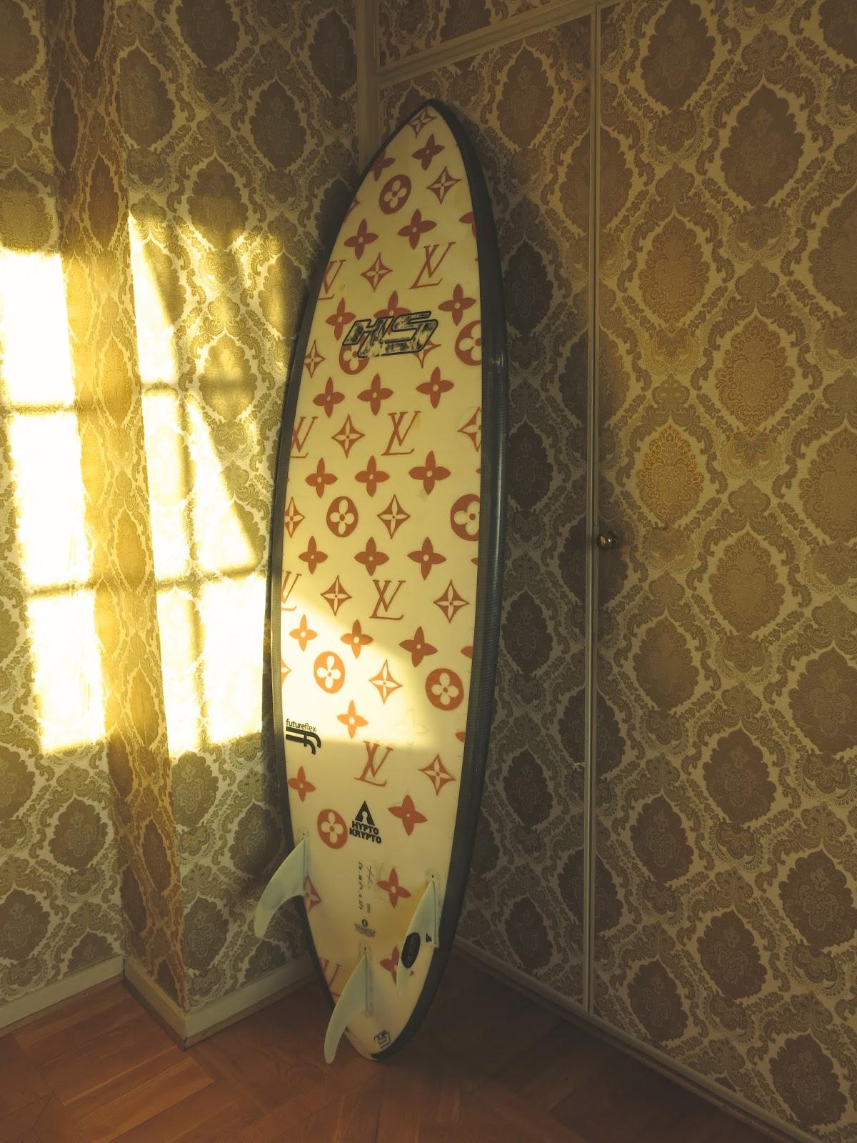 FRANKSAY: SURFBOARD ART