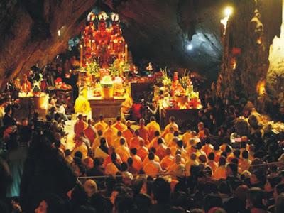 Đi Trẩy hội chùa Hương đầu năm 2