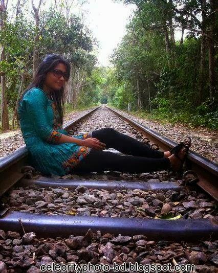Bangladeshi+village+girls+latest+pictures003
