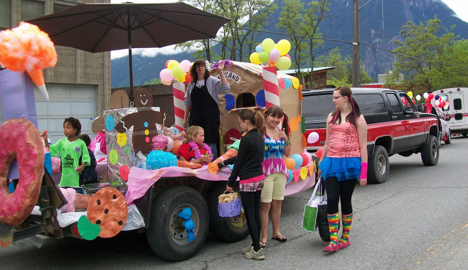 Jo And Sue: May Day Candyland Float