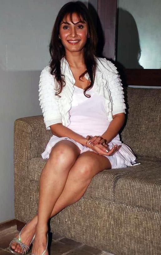 Miya Malayalam Actress Pics Mia Actress Photos Gallery