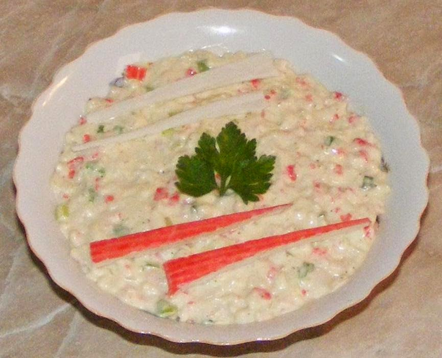 salata de surimi, salata de surimi cu maioneza, retete cu surimi, retete cu maioneza, retete si preparate culinare straine, salate, retete salate, reteta salate, salate cu maioneza, salate cu surimi, retete de salate, aperitive, garnituri, retete de mancare, mancare japoneza, retete de aperitive, reteta aperitive,