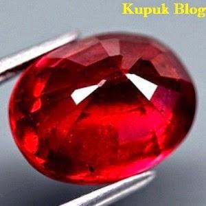 Batu Akik Permata Pigeon Blood Ruby