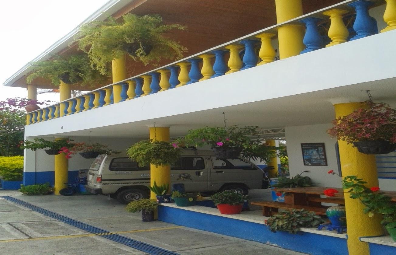 Finca hotel villa jardin eje cafetero enero 2014 for Finca villa jardin piedecuesta