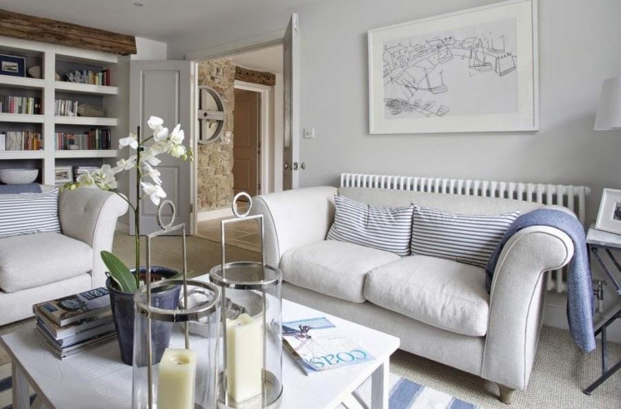 hotel, wnętrza, wystrój wnętrz, styl klasyczny, kamienna ściana, białe wnętrza, salon