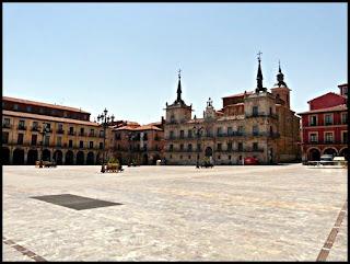 plaza mayor leon
