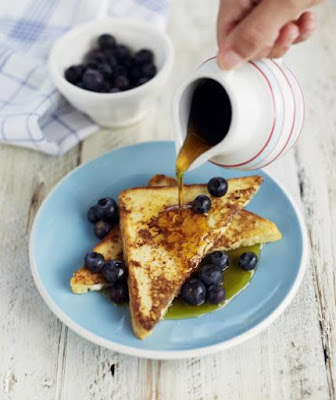 http://www.realsimple.com/food-recipes/cooking-tips-techniques/how-to-make-french-toast