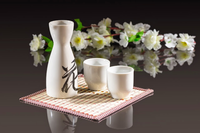 Kết quả hình ảnh cho rượu sake nhật bản