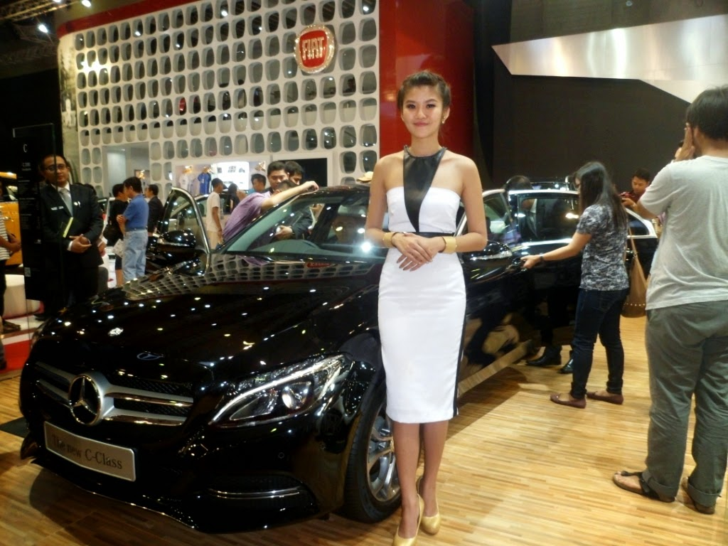 SPG Mercedez Benz The New C-Class IIMS 2014-01