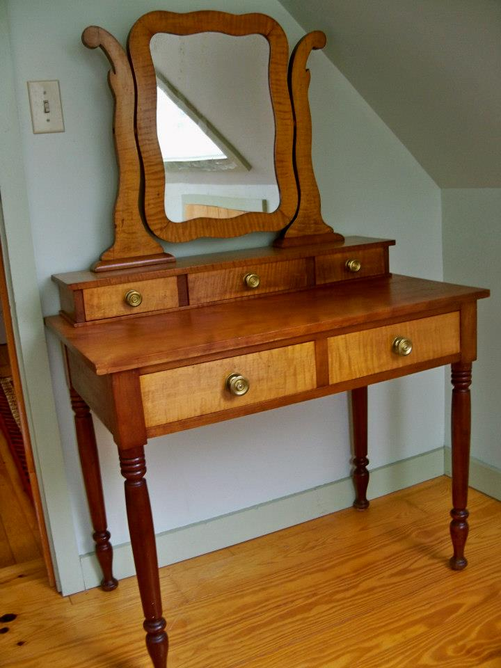 Cherry and tiger maple dressing table