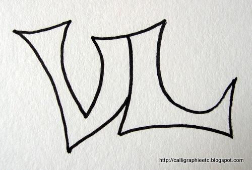Modèle de tatouage deux lettres calligraphiées Natcalli - Modèle Tatouage Lettres Entrelacées