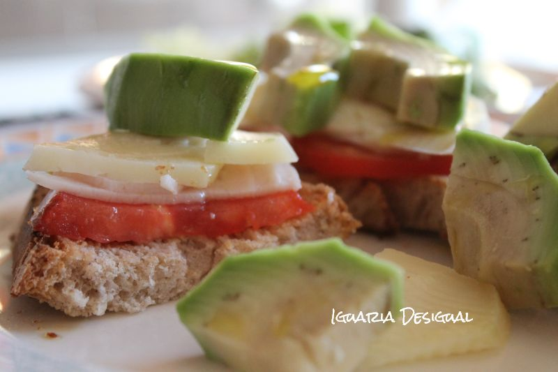 tosta+de+abacate