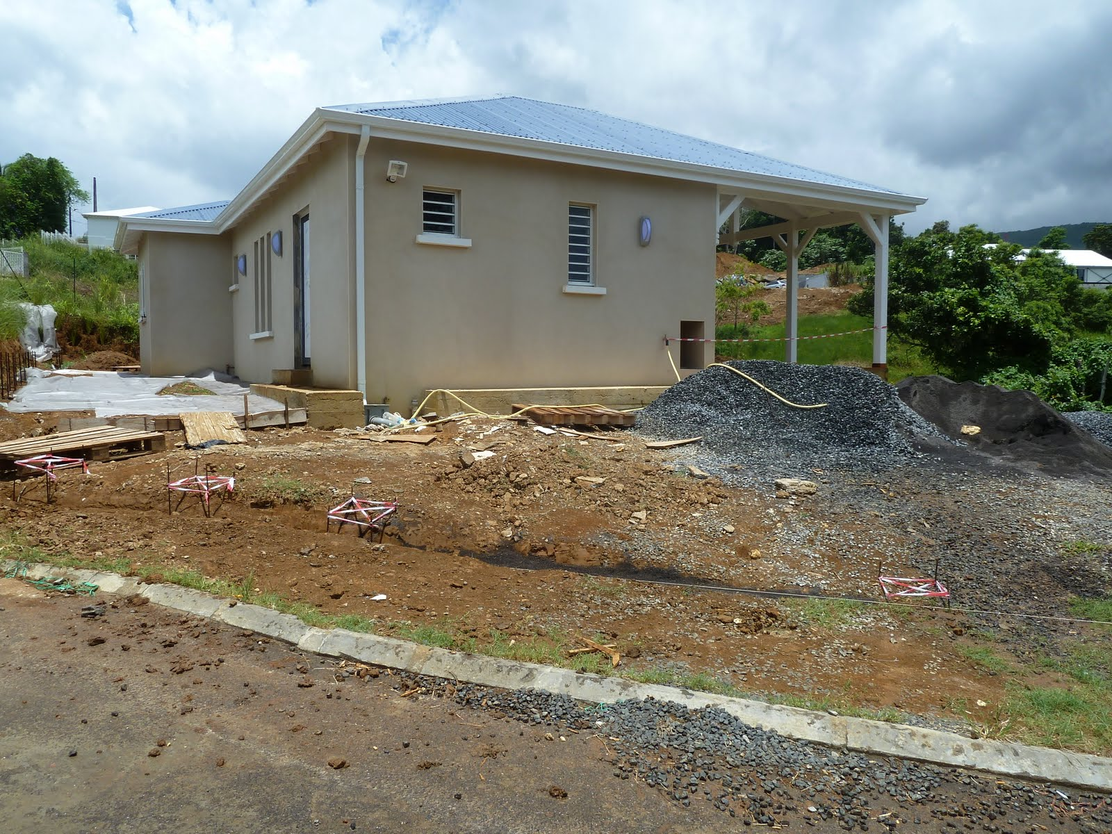 Construction en guadeloupe on va devenir b ton for Couler une fondation