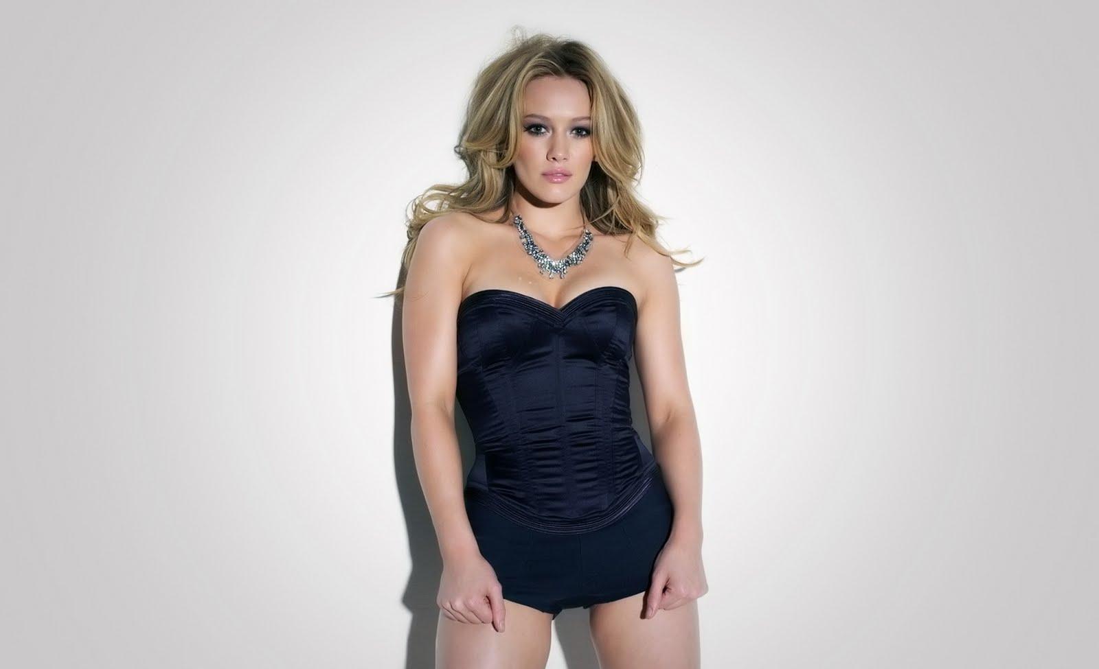 http://4.bp.blogspot.com/-EovhKlviJZ8/TprKghe5ARI/AAAAAAAAGJM/Oyu4v-gBFUQ/s1600/Hilary-Duff%2B%252836%2529.jpg