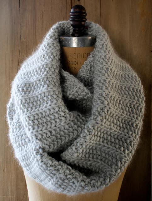 Free Knitted Cowl Patterns Pinterest : :: Tejido :: Patrones de tejido :: Cuellos y bufandas tejidos en 2 agujas ? K...