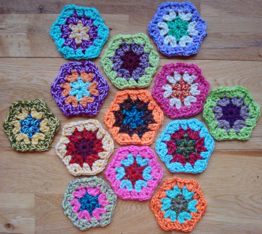 Knitted Granny Square Patterns : granny square patterns-Knitting Gallery