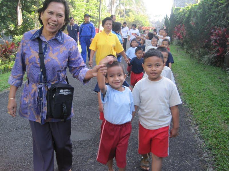 Images Pagi Yang Cerah Jalan Sehat United Colours Don Bosco