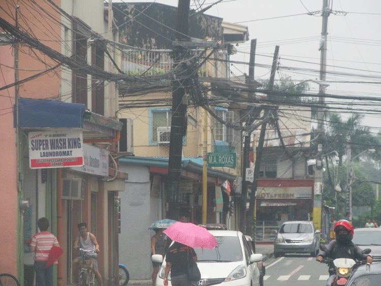 Birds nest Powerlines - Manila