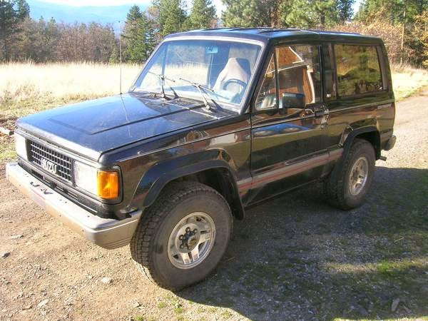 1989 isuzu trooper rs 4x4 for sale 4x4 cars. Black Bedroom Furniture Sets. Home Design Ideas