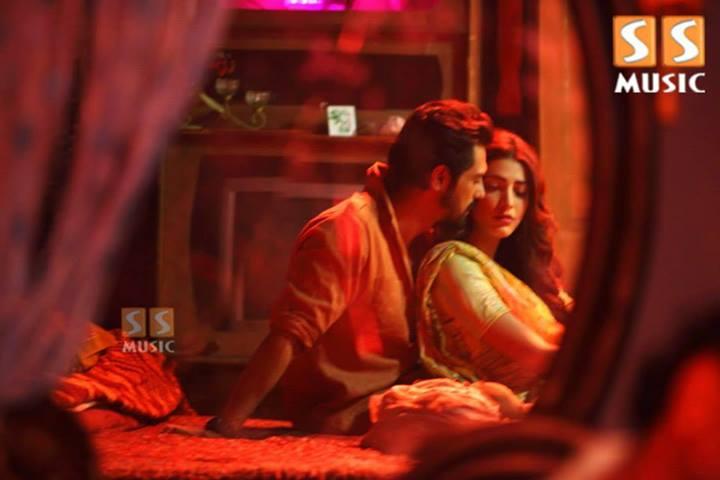Shruti Haasan  IMDb