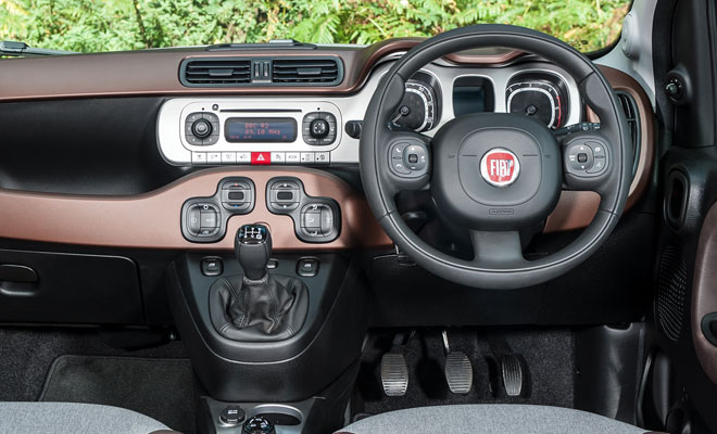 Fiat Panda Cross dashboard