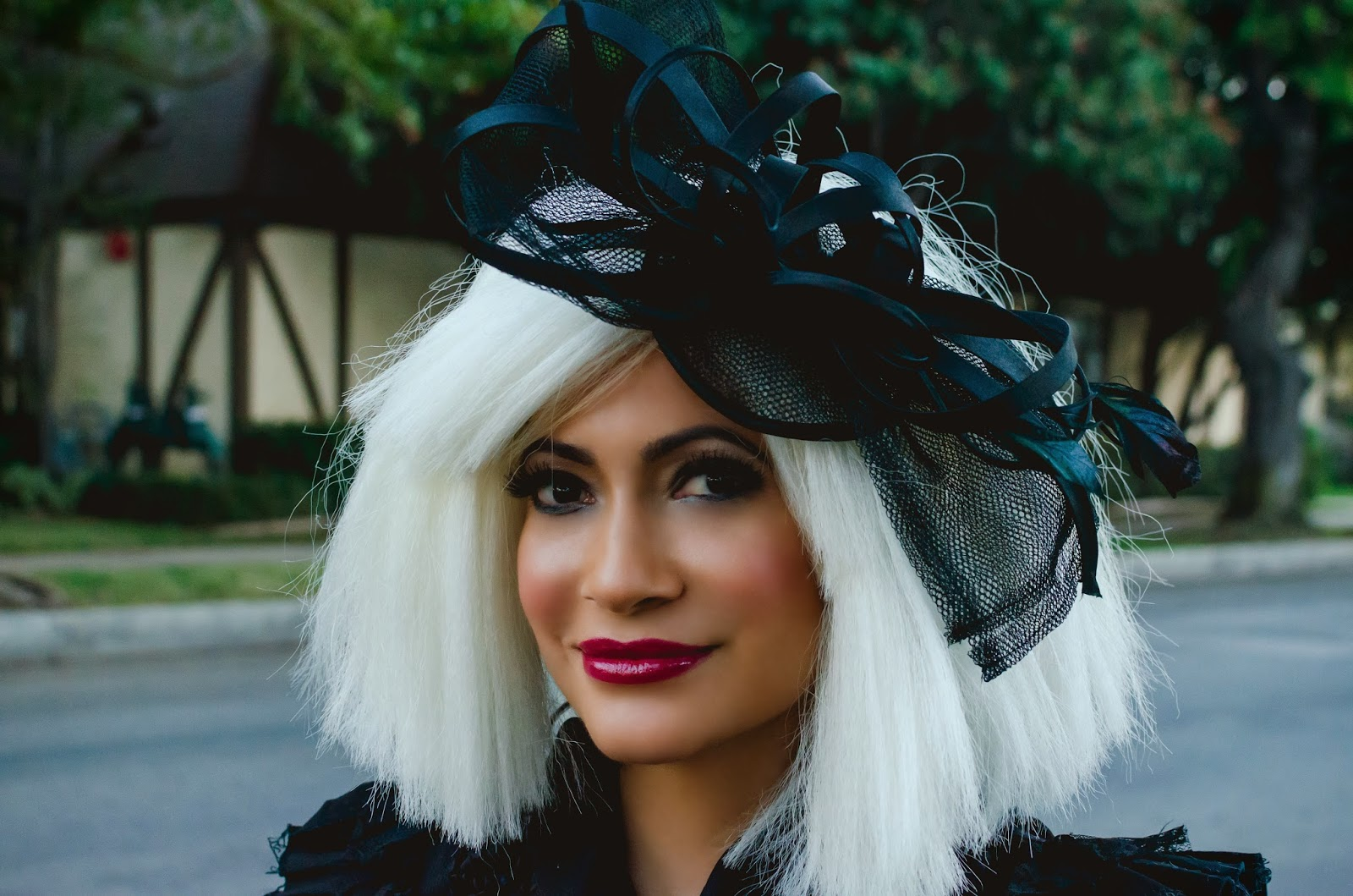 Forever 21 Black Fascinator platinum blonde wig