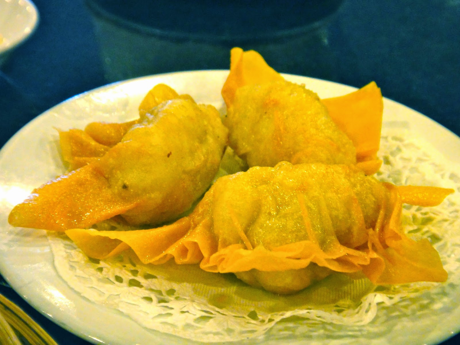 Fried shrimp dumpling may star restaurant central park mall