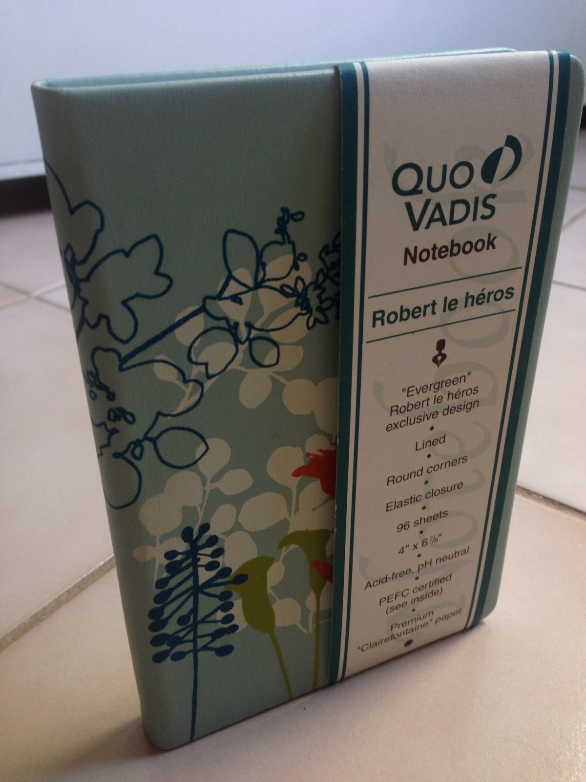 stationery review quo vadis robert le heros notebook i chose the blue covered notebook it is advertised as the 4 x 6 size and has paper measuring 4 x 6 7 8 which is a very easily portable size