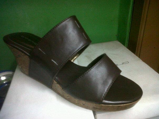Aneka model sepatu sandal wanita murah,sandal wanita model Brown