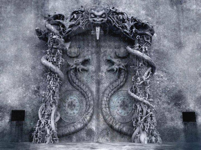 THE MYSTERIOUS LAST DOOR AT PADMANABHASWAMY TEMPLE. 11738021_1007349279275791_7291010348363910785_n