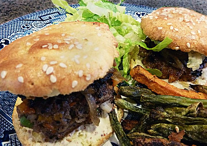 Three Chili Sliders with Blue Cheese, Bacon and