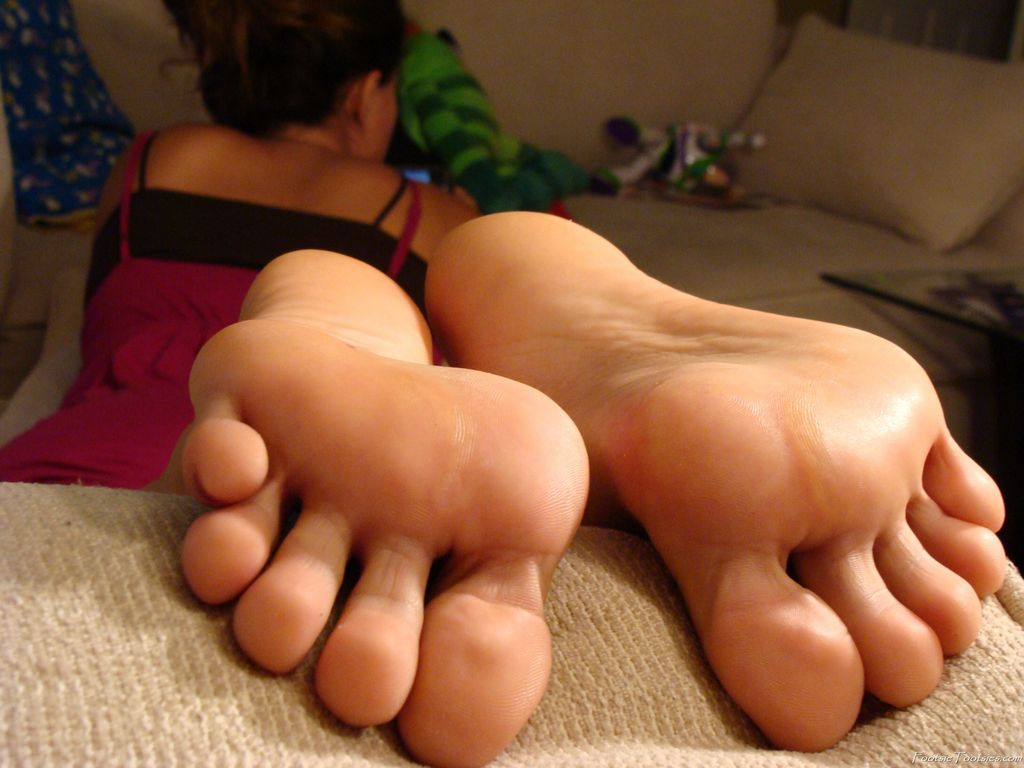 white girls feet Naked