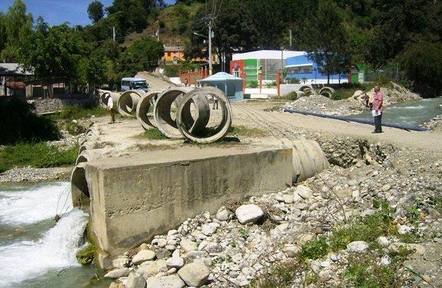 Sobrevaluada en RD$500 MM construcción carretera Padre Las Casas