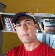 Conheça o autor