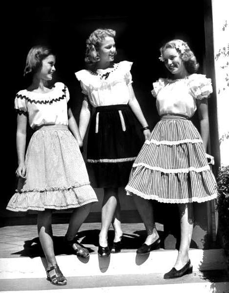 Ruffles Across the Eras ~ 1940s #vintage #1940s #fashion #dress #ruffle