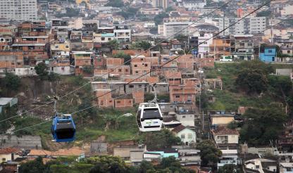 Brasil: MP vai investigar confronto entre militares e moradores no Complexo do Alemão