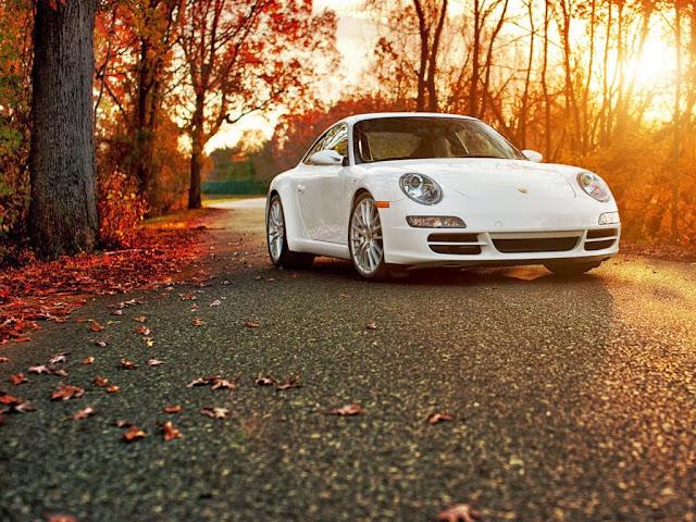 """<img src=""""http://4.bp.blogspot.com/-ErH3RR0bVK4/UtVy8JmVMhI/AAAAAAAAH2Q/zZEujXIHHlI/s1600/car-wallpapers-porsche-autumn.jpg"""" alt=""""Porsche car wallpapers"""" />"""