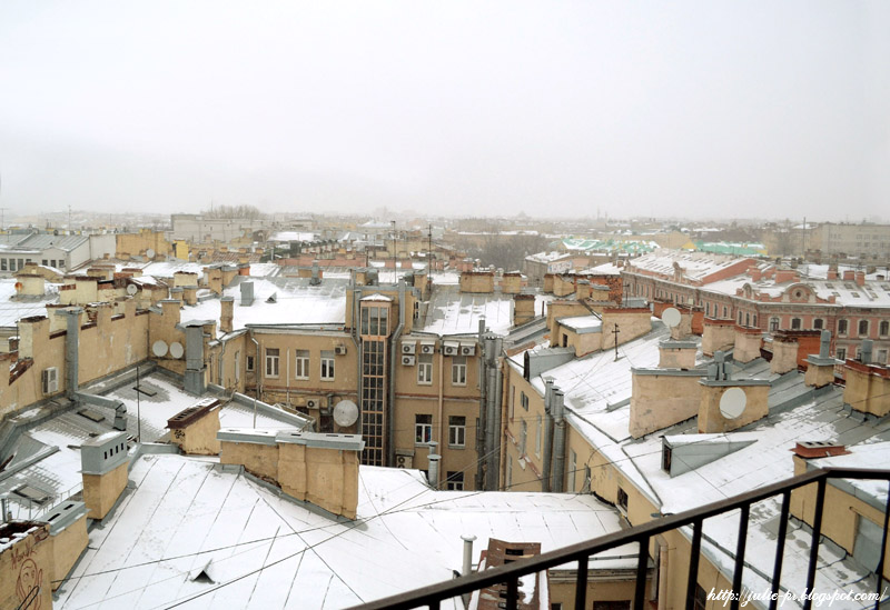 крыши Петербурга зима, зимний Питер с крыши, крыши Питера, башенка МПВО