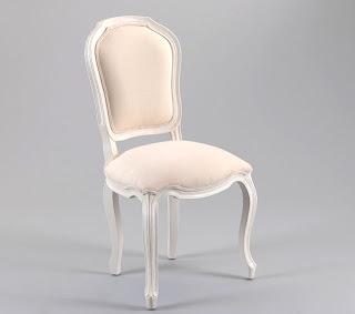 Muebles y novedades por la decoradora experta abril 2012 for Sillas blancas vintage
