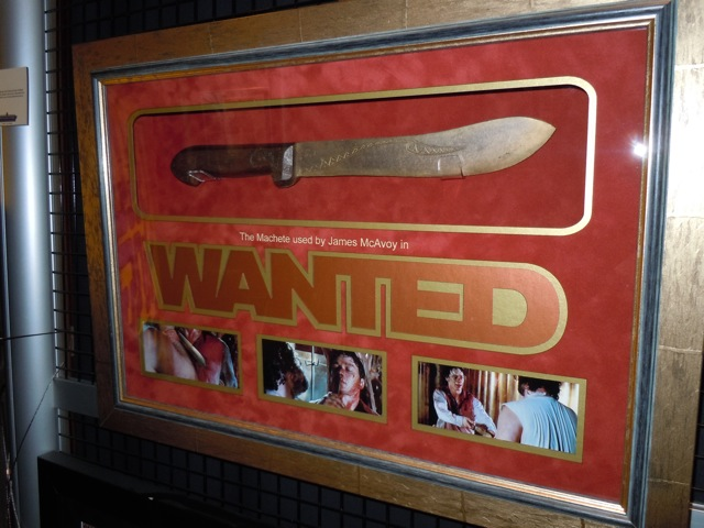 Wanted machete prop
