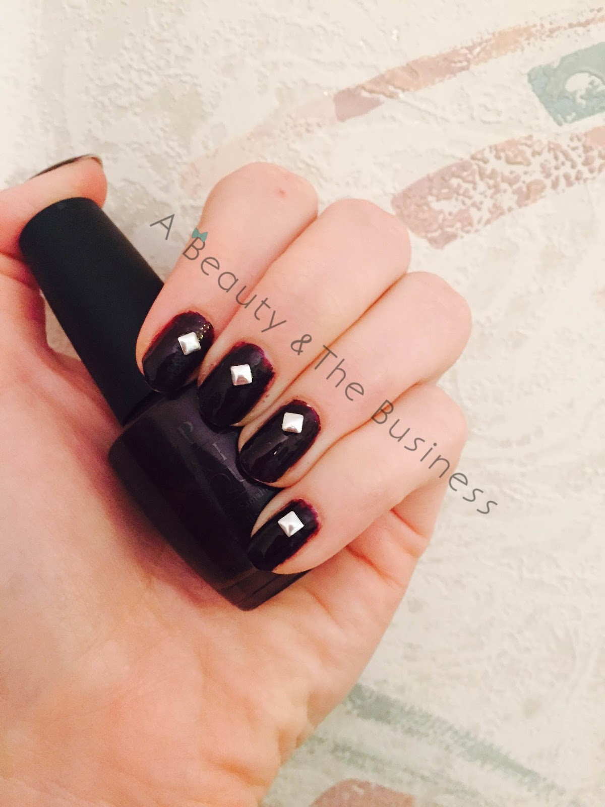 Twinsie Tuesday, Twinsie Tuesday vampy nails, twinsie tuesday nail art, opi, opi black cherry chutney,