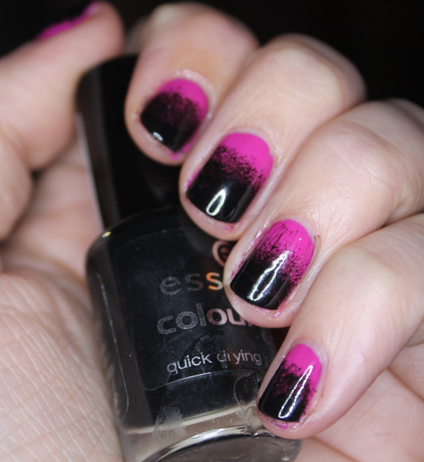 The sleepy jellyfish nail art 2 pink and black gradient nails